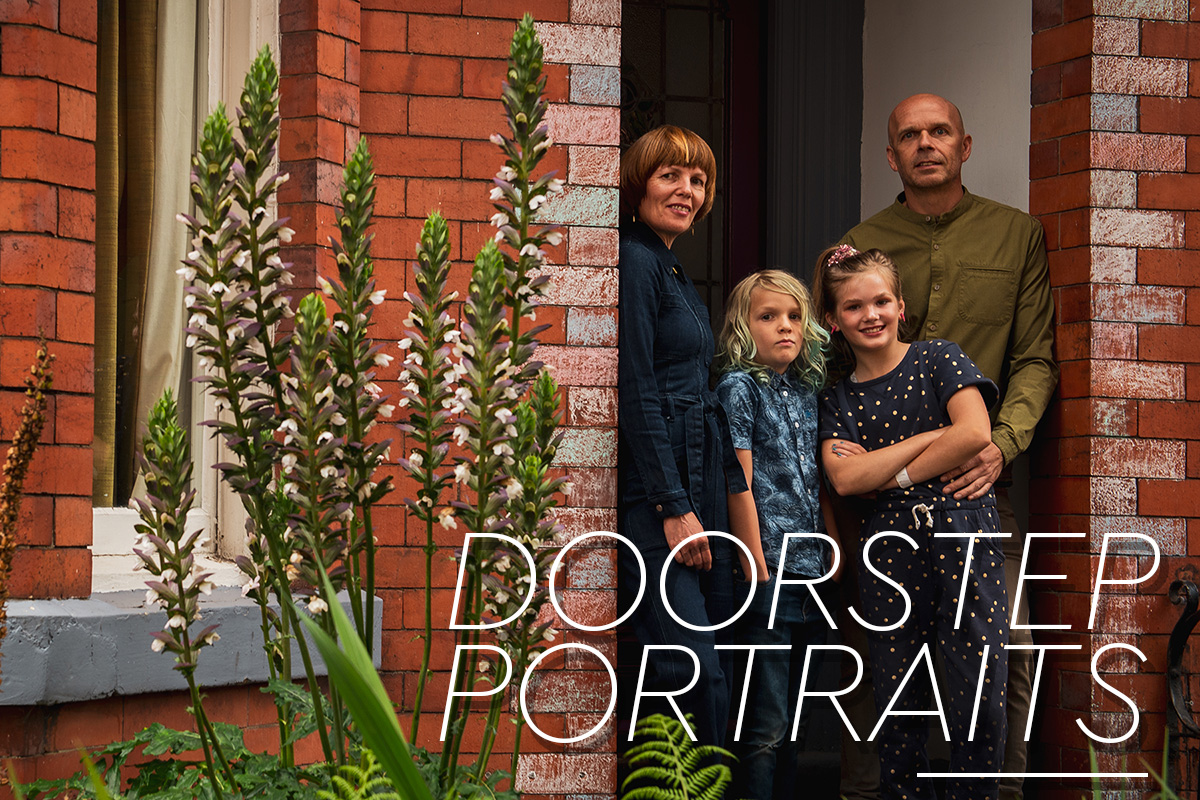 MrSleeve_Doorstep_Lisa_SLV_9108COVER